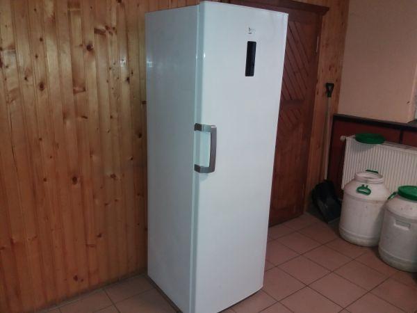 Морозильна камера б/у Beko (F60312NE)